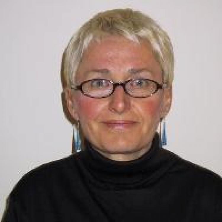 Lesley Seymour
